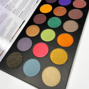Home Pride Eye shadow Palette – 18 Colours